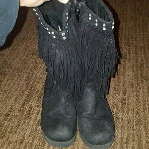 Girls fringe boot
